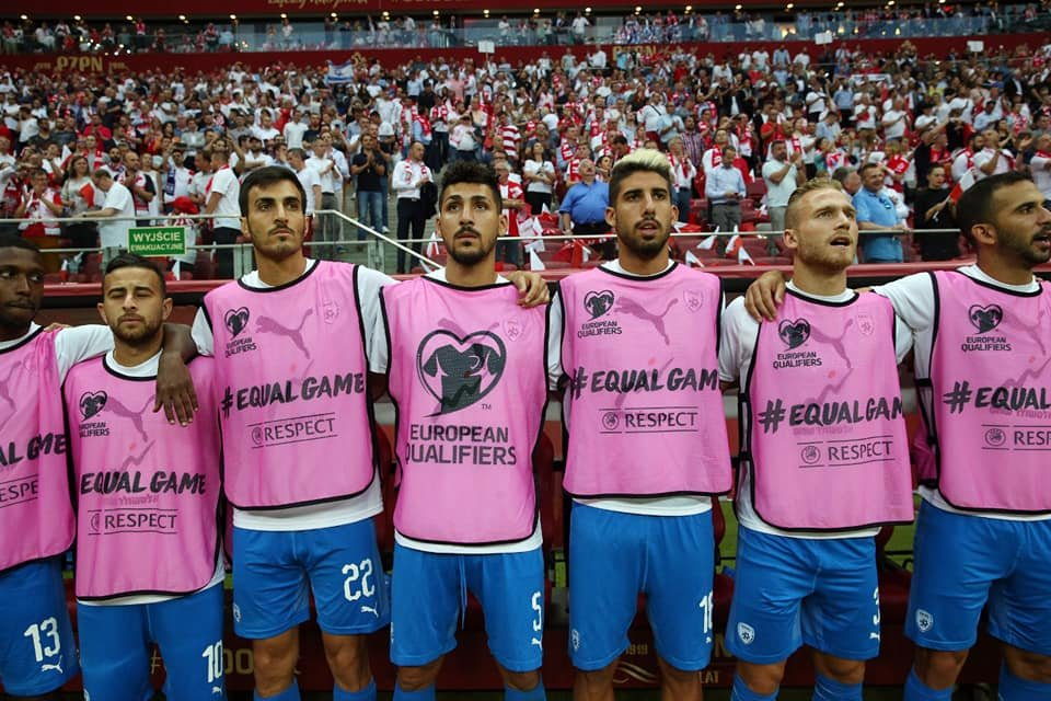 ضجة حول 4 لاعبين عرب بمنتخب إسرائيل واتهامهم بالذهاب لكازينو بعد الخسارة أمام بولندا