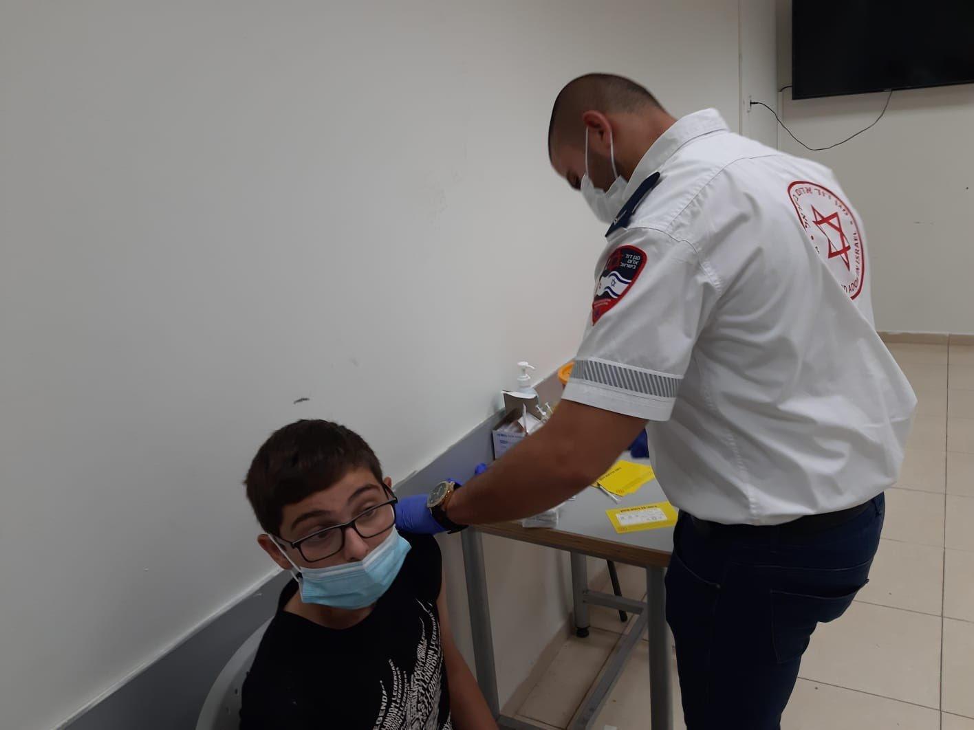 ام الفحم: حملة تشجع المواطنين على التطعيم وخاصة جيل الشبيبة من الـ 12- 16-2