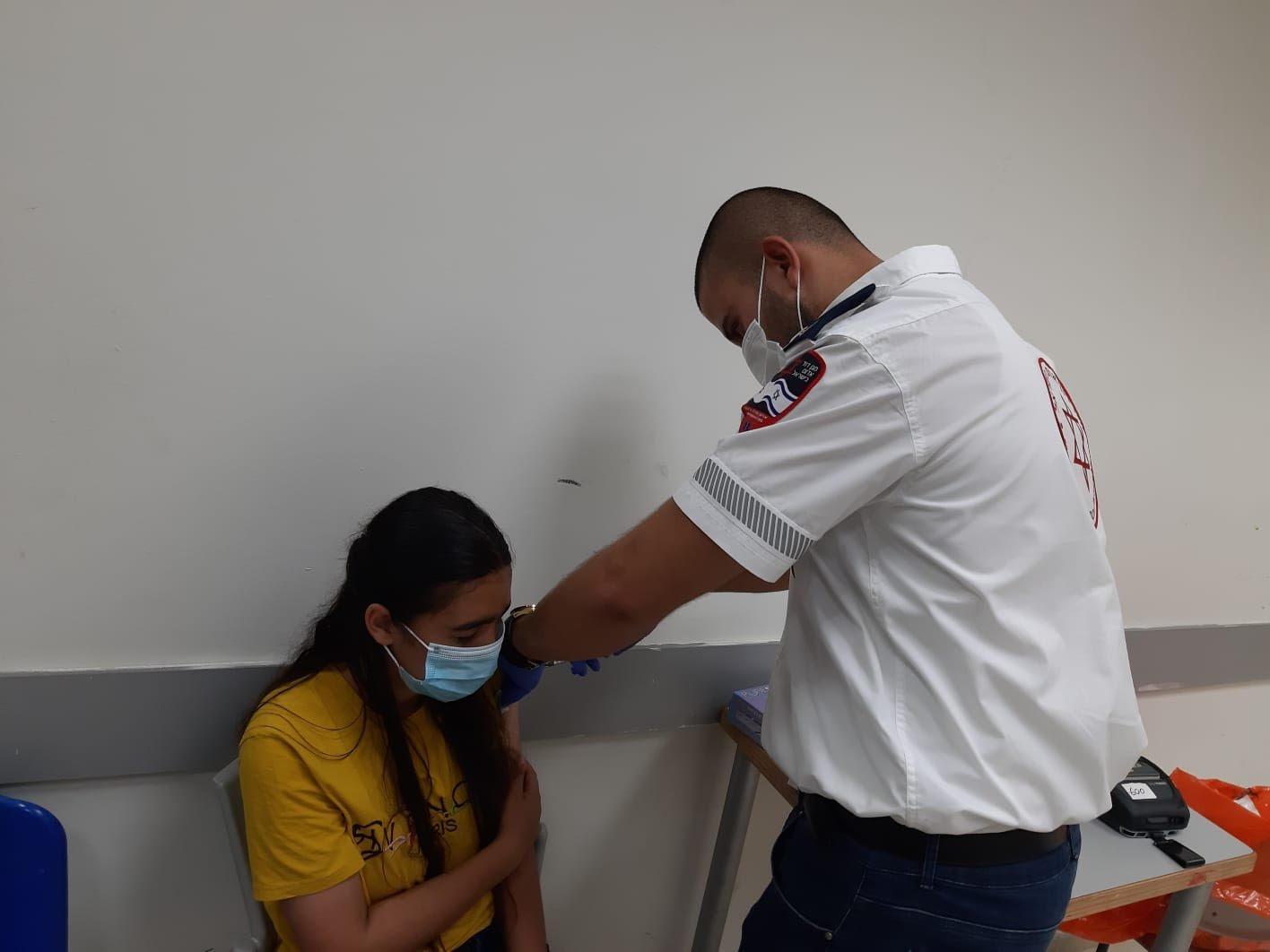 ام الفحم: حملة تشجع المواطنين على التطعيم وخاصة جيل الشبيبة من الـ 12- 16-5