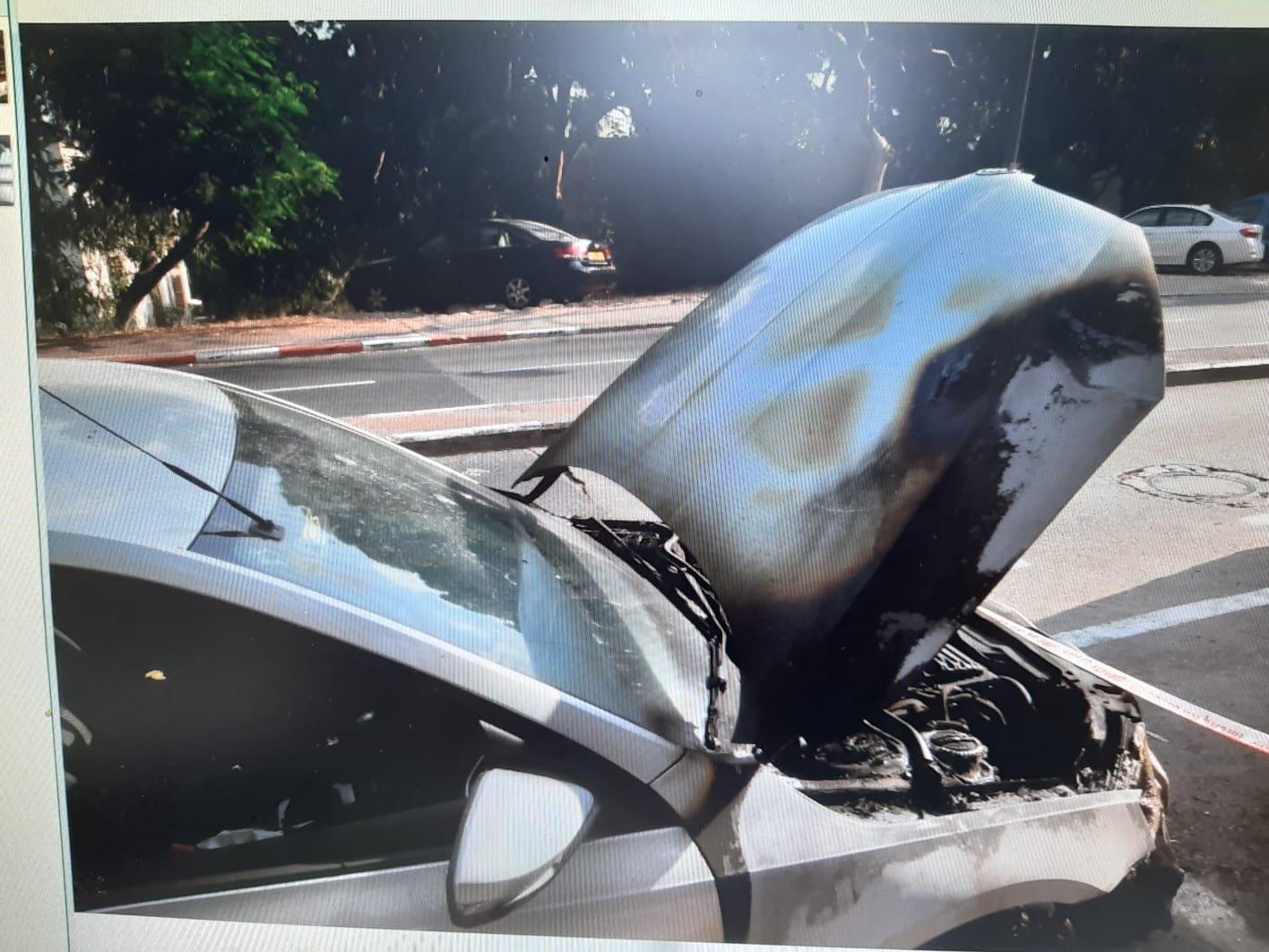 حيفا: اندلاع نيران بسيارات والشبهات تشير إلى اضرام نار متعمد