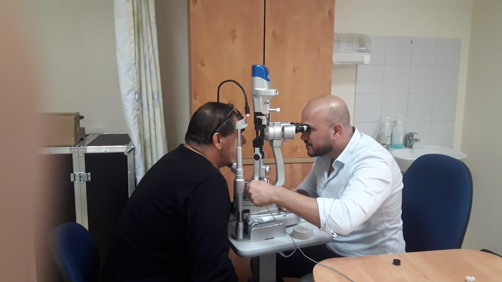 العشرات من مرضى السكري من مجد الكروم يخضعون لفحص العيون ضمن حملة مركزة أجريت لهم في عيادة كلاليت