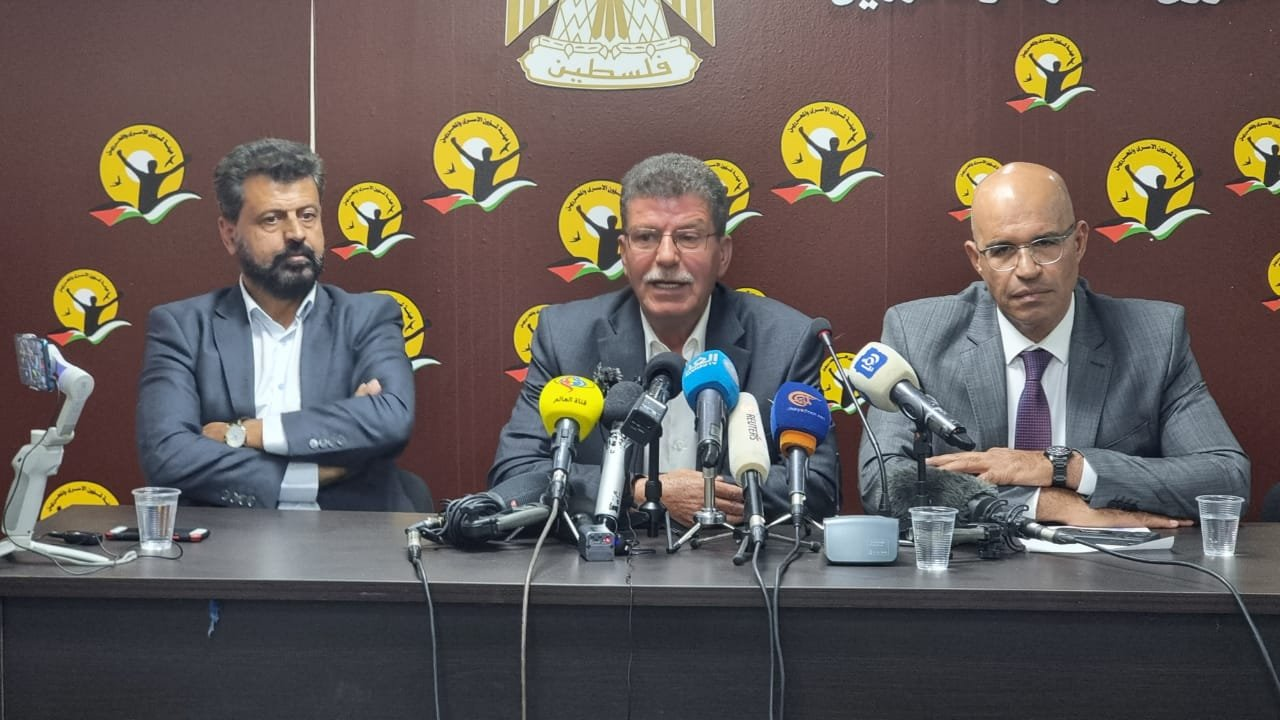 مؤسسات الأسرى: 250 أسيرًا من الجهاد الإسلامي يشرعون بالإضراب عن الطعام وبدعم من كافة الفصائل-0