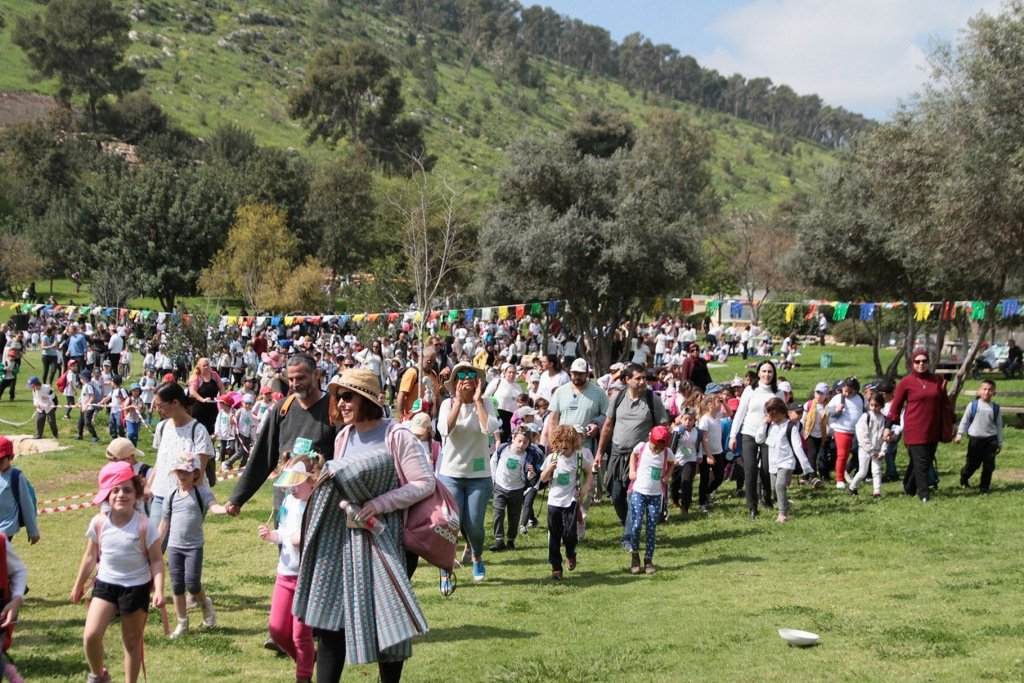 أكثر من 2400 طفل يشاركون في اختتام فعاليات معًا في الجلبوع