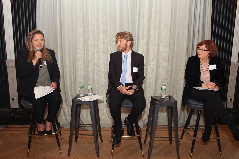 سيكوي تعقد مؤتمرا في نيو يورك حول الجماهير العربية في البلاد-2