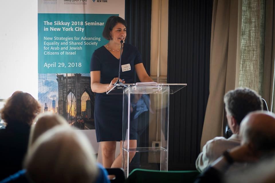 سيكوي تعقد مؤتمرا في نيو يورك حول الجماهير العربية في البلاد-3
