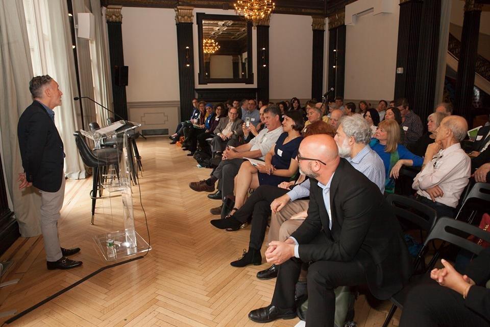 سيكوي تعقد مؤتمرا في نيو يورك حول الجماهير العربية في البلاد-4