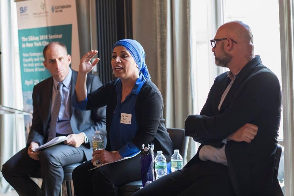 سيكوي تعقد مؤتمرا في نيو يورك حول الجماهير العربية في البلاد-5