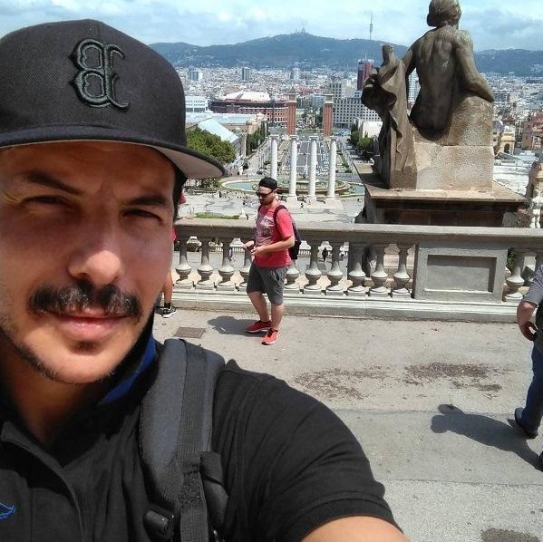أين يقضي باسل خياط إجازته ؟