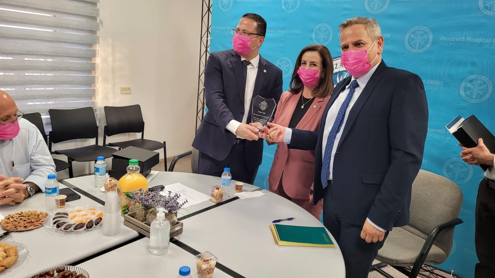 """وزير الصحة: سنكون حذرين بتطبيق قانون """"الكنابيس""""-3"""