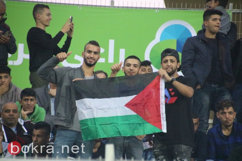 المنتخب الفلسطيني يهزم المالديف بثمانية ويحتفل مع