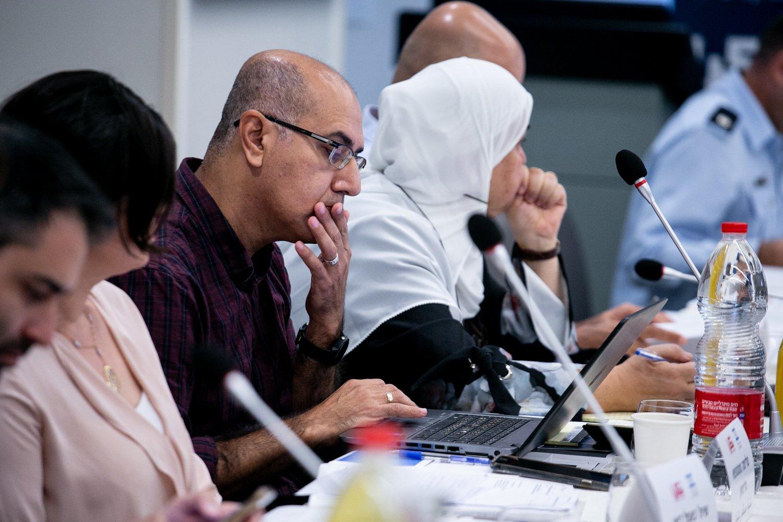 العنف في المجتمع العربي، أسبابه، والحلول لمكافحته؟ .. يوم دراسي في الناصرة-97