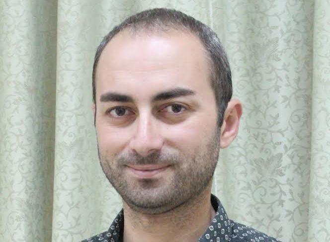 مدير مركز التعليم الإلكتروني في العربية الامريكية، د. احمد عويس يجيب على تساؤلات الطلاب حول التعليم الإلكتروني