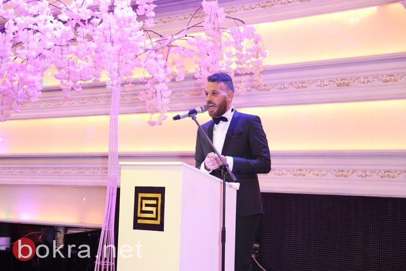 ساهر عوكل خلال حفل استقباله يعلن عن تبرعه بنصف الجائزة لمركز سرطان الأطفال في لبنان