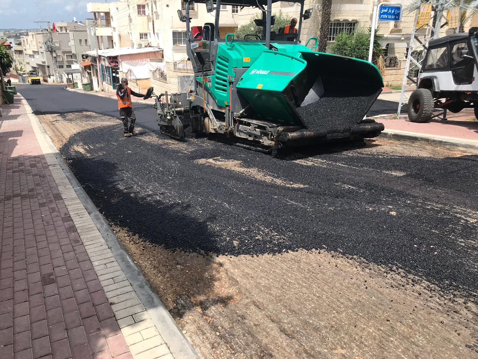 الطيبة: البلدية تنتهي من أعمال تعبيد في شارع الطبري