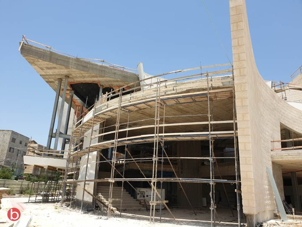 الناصرة: القصر الثقافي في المراحل الأخيرة قبل التسليم