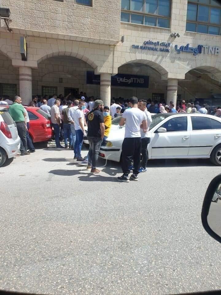 وزير العمل الفلسطيني: بدء توزيع المستحقات لأكثر من 40 الف عامل متضرر من كورونا في الضفة وغزة