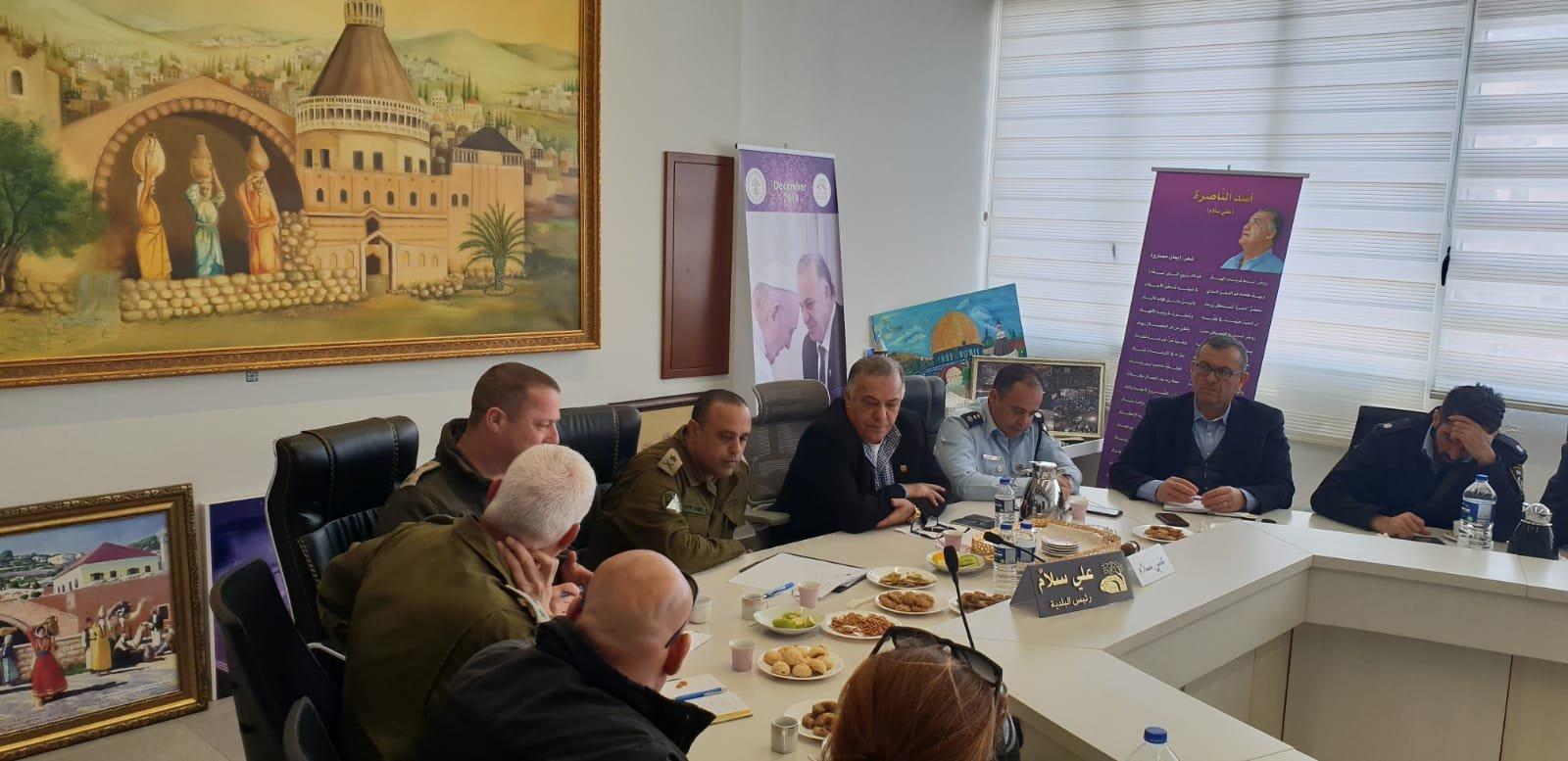 لجنه الطوارئ في بلدية الناصرة تعقد جلسه عمل مع الجبهة الداخلية-0
