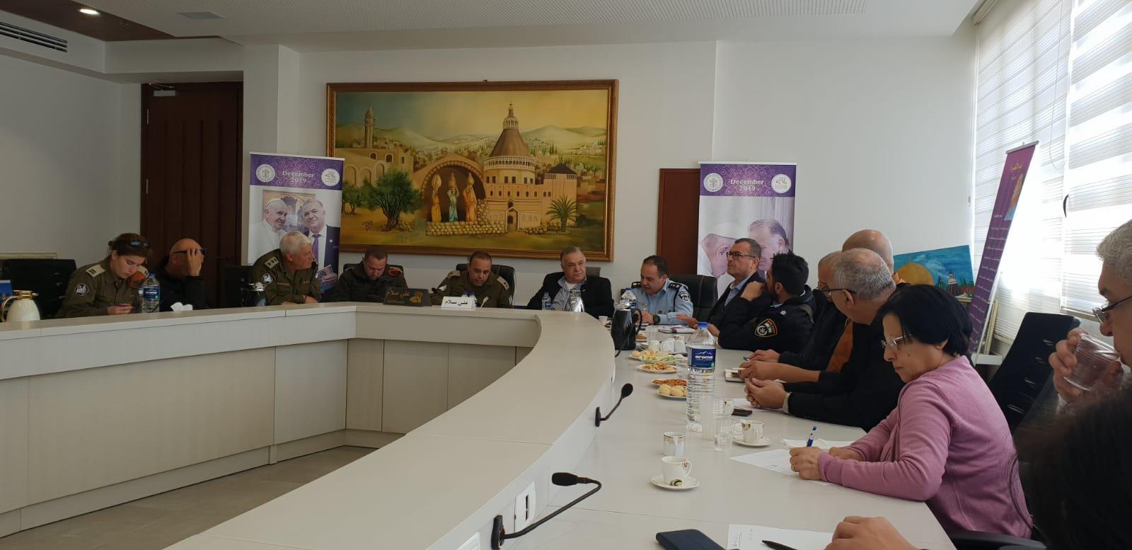 لجنه الطوارئ في بلدية الناصرة تعقد جلسه عمل مع الجبهة الداخلية-2