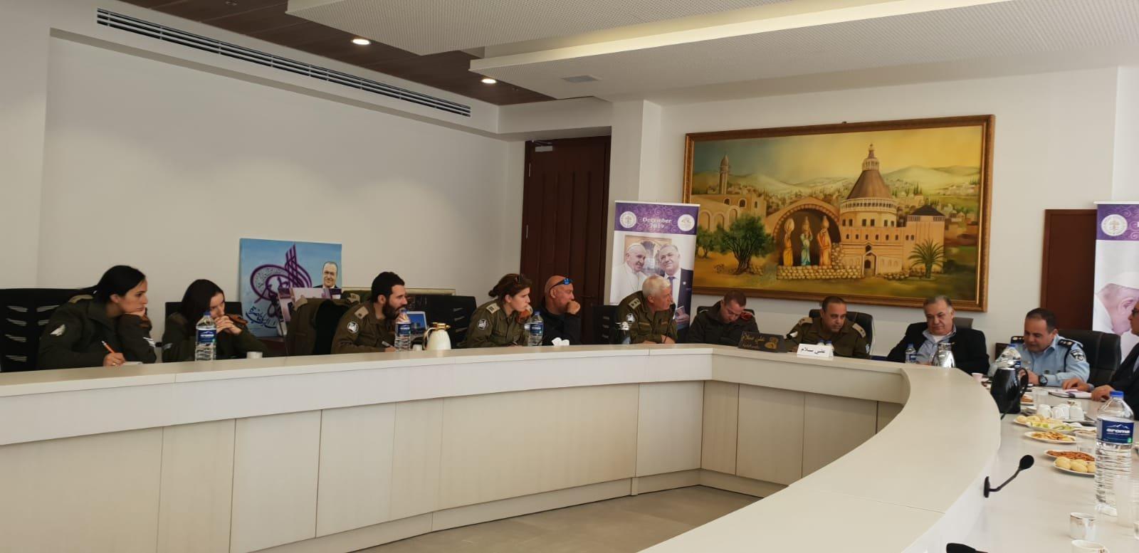 لجنه الطوارئ في بلدية الناصرة تعقد جلسه عمل مع الجبهة الداخلية-3