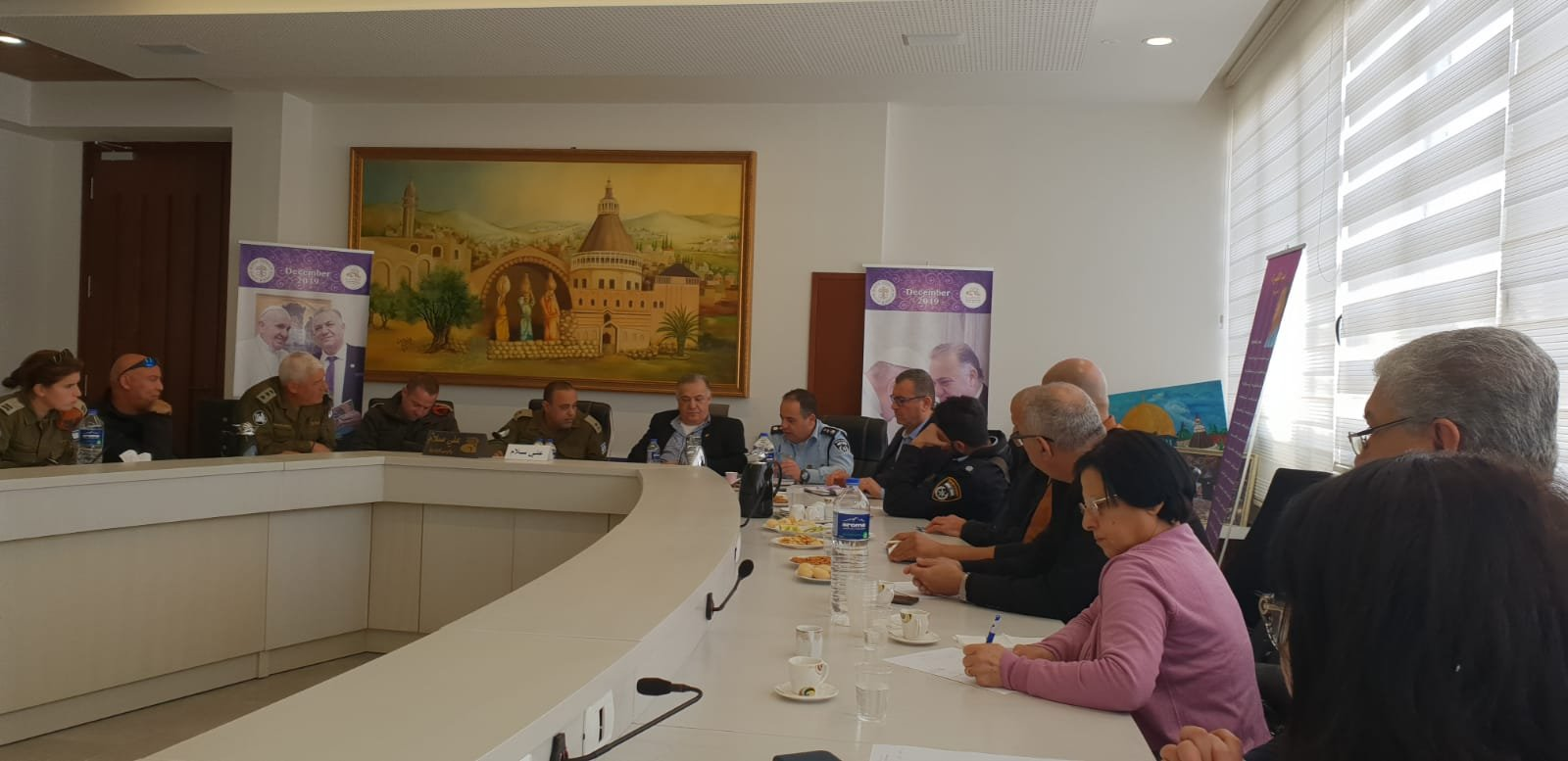 لجنه الطوارئ في بلدية الناصرة تعقد جلسه عمل مع الجبهة الداخلية-4