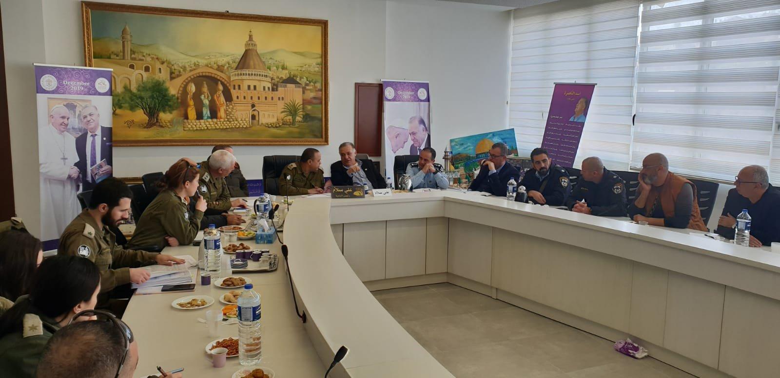 لجنه الطوارئ في بلدية الناصرة تعقد جلسه عمل مع الجبهة الداخلية-7