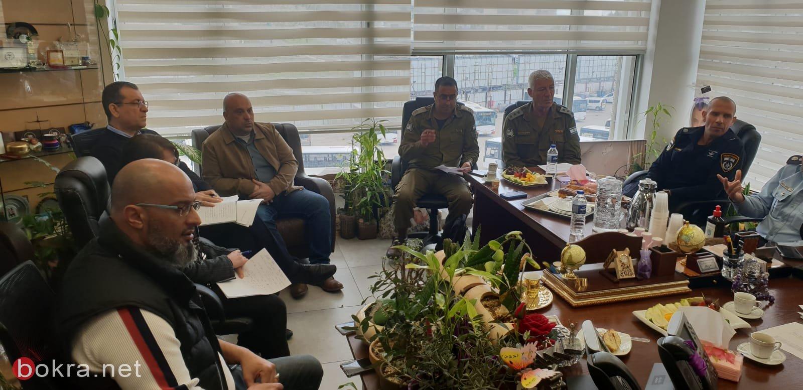 جلسة عمل مع قيادة الشرطة وقائد الجبهة الداخلية في بلدية الناصرة-4
