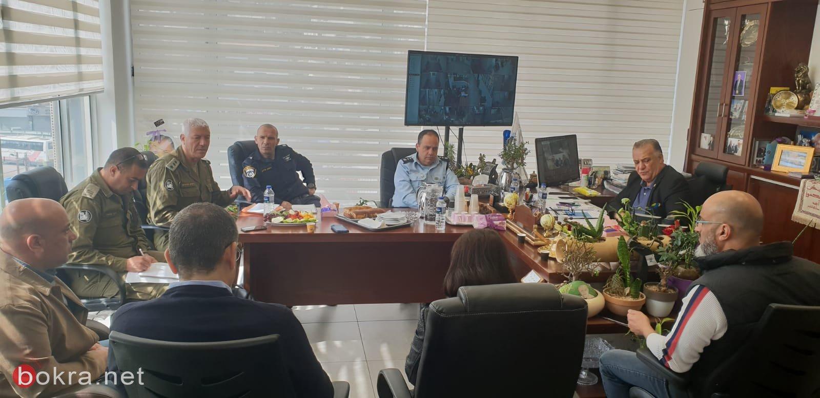 جلسة عمل مع قيادة الشرطة وقائد الجبهة الداخلية في بلدية الناصرة-6