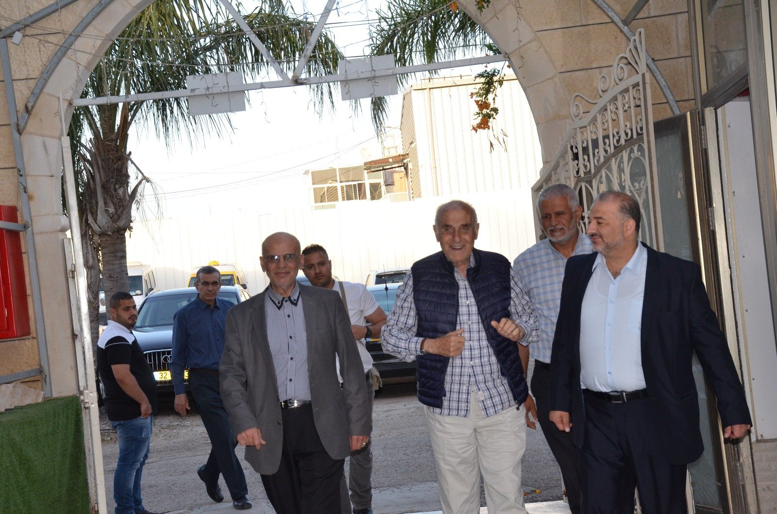 يوم دراسيّ لارث الشيخ عبدالله نمر درويش بمشاركة رجل الاعمال المصري
