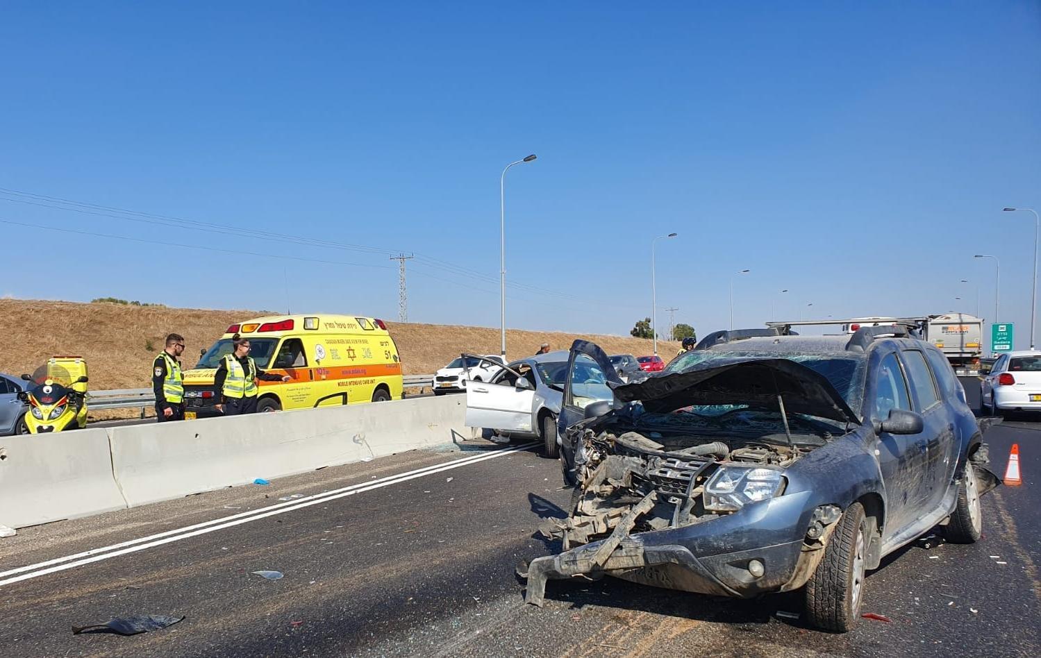 7 إصابات بينها خطيرة بحادث طرق مروع قرب أشدود