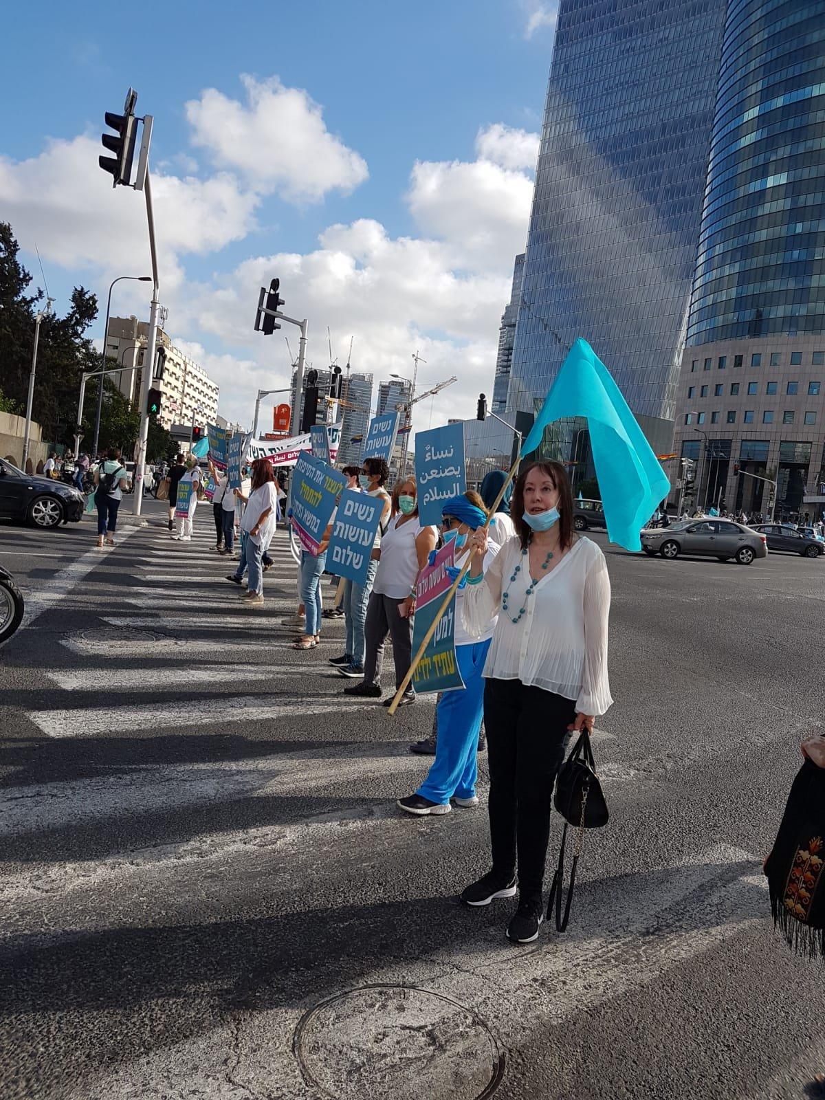 """اليوم: تنظيم وقفات إحتجاجية ضد مخطّط الضم بتنظيم """"نساء يصنعن السلام"""" -0"""