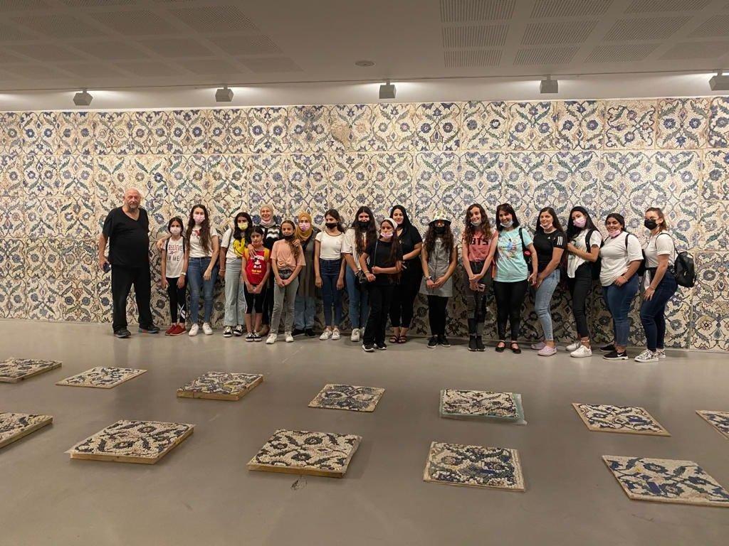 طلاب طمرة  وقلنسوة بزيارة لمتحف تل ابيب-4