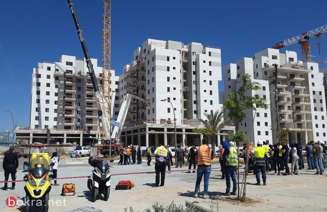 يفنة: مصرع 4 عمال واصابة اخرين جراء انهيار اجزاء رافعة في ورشة بناء