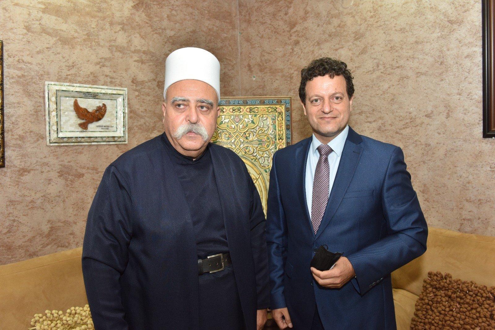 عشية العيد: رئيس مجلس إدارة لئومي د. سامر حاج يحيى يزور الشيخ موفق طريف-2