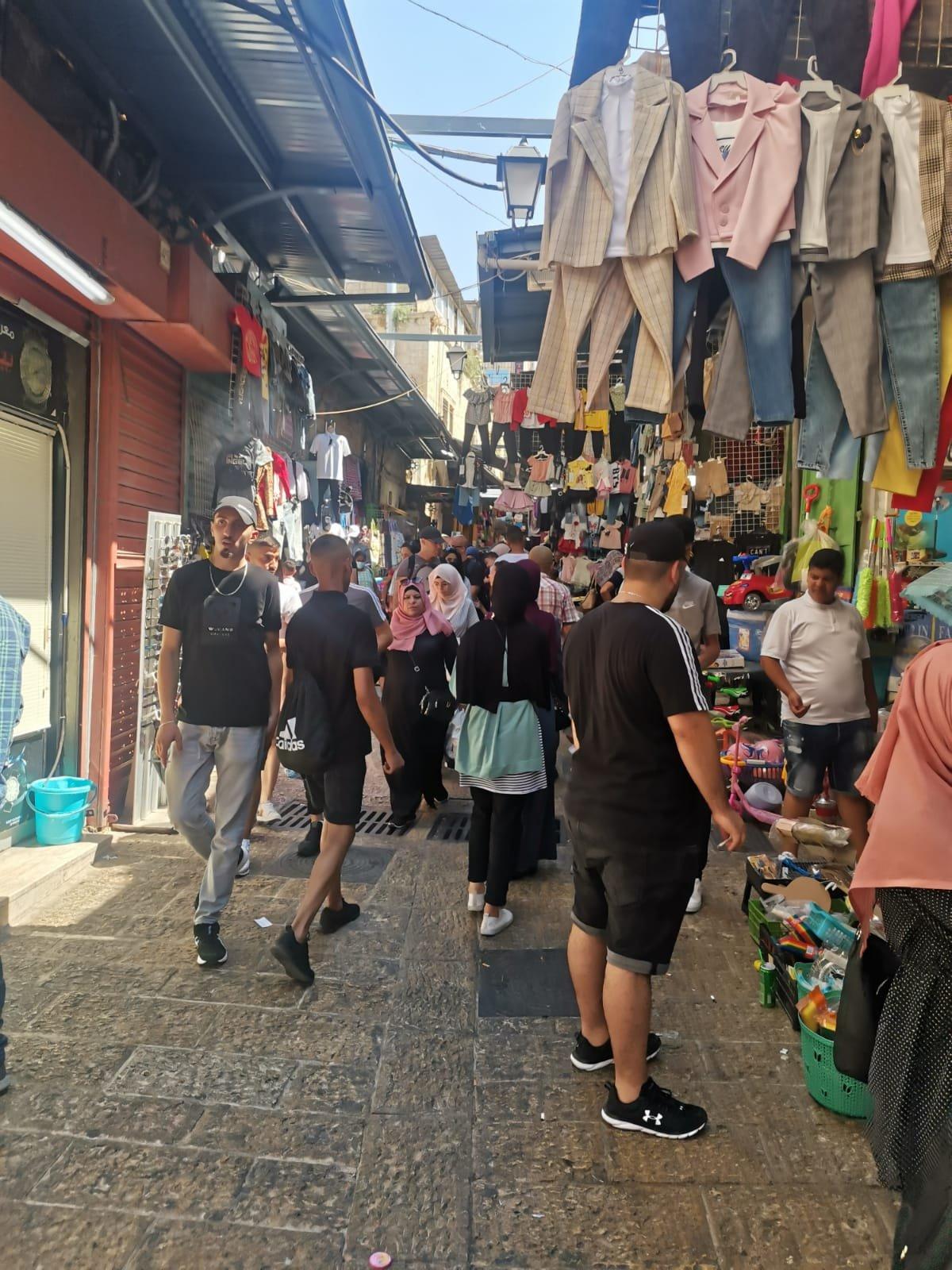 قبيل عيد الأضحى .. الأوضاع الاقتصادية والسياسية تلقي بظلالها على أسواق القدس-1