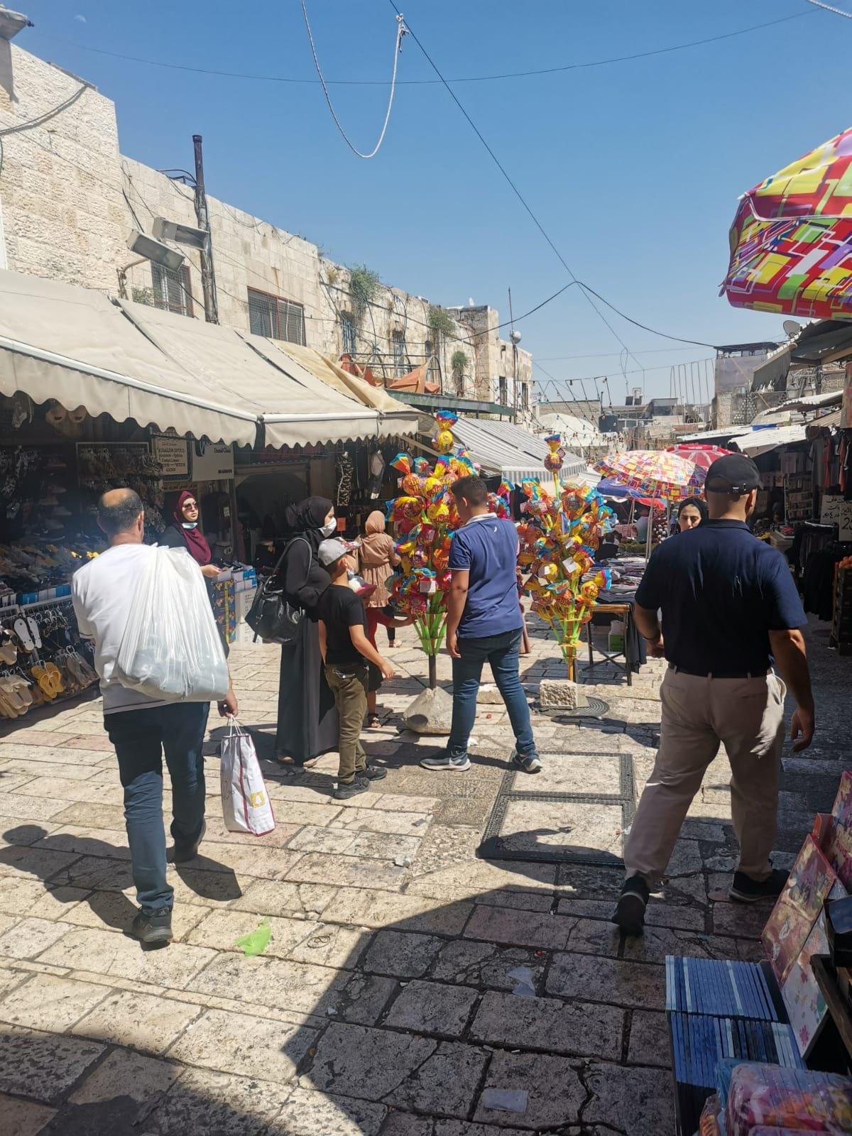 قبيل عيد الأضحى .. الأوضاع الاقتصادية والسياسية تلقي بظلالها على أسواق القدس-6