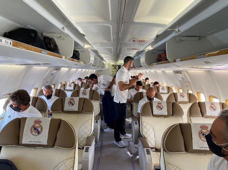 استقبال اساطير ريالم مدريد في مطار اللد-1
