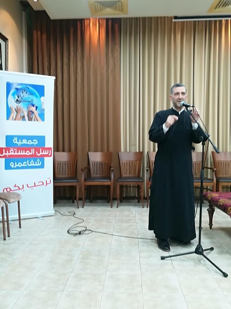 جمعية رسل المستقبل وبدعم من كنائس شفاعمرو توزع المنح للطلاب الجامعيين