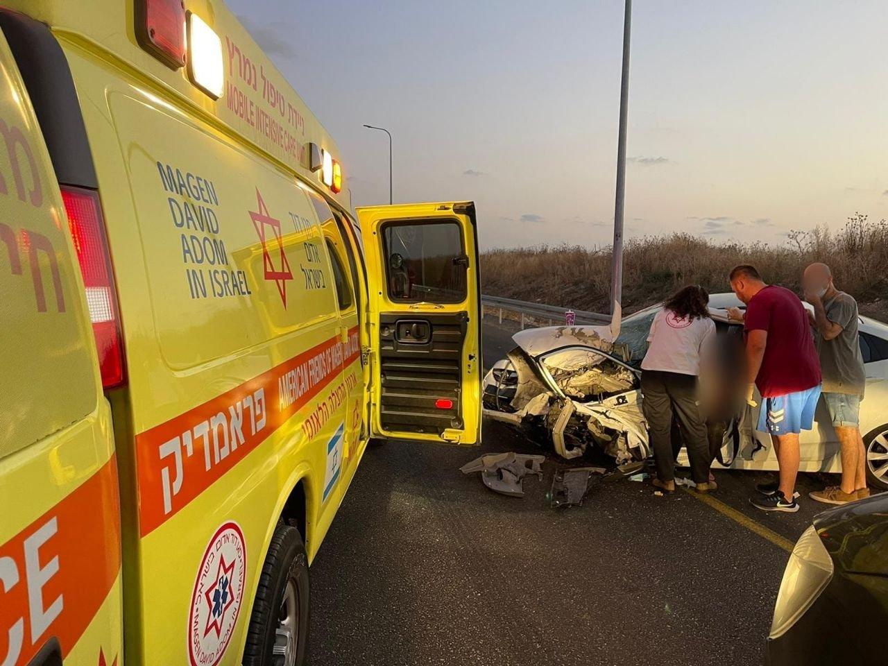"""حادث طرق على شارع 444 قرب """"بيت نحمياه"""" و- 5 اصابات-1"""