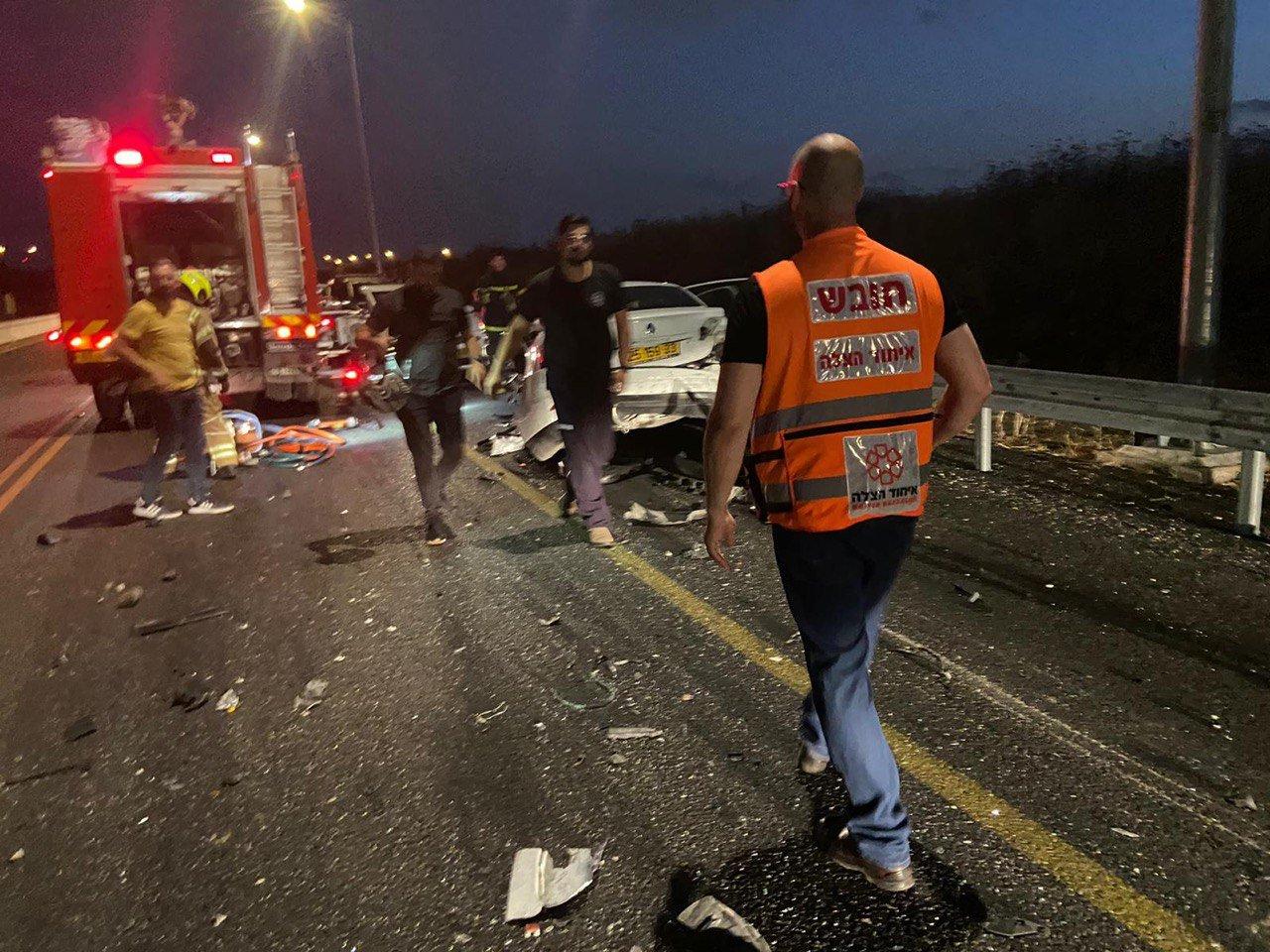 """حادث طرق على شارع 444 قرب """"بيت نحمياه"""" و- 5 اصابات-2"""