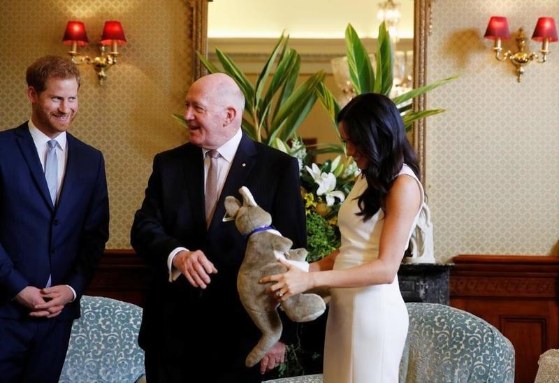 هذه هي أول هدية لطفل الأمير هاري وميغان ماركل المنتظر