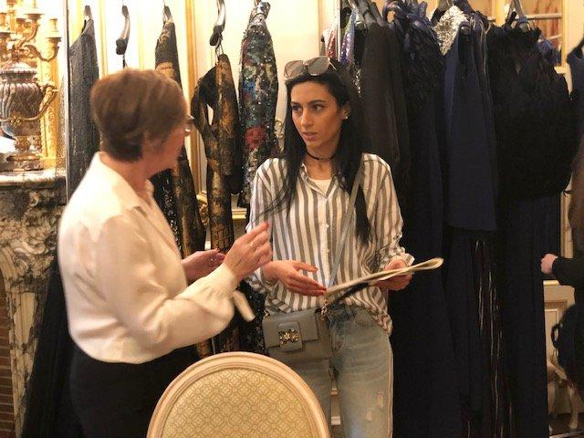 لقاء خاص مع مصممة الأزياء العالمية باولا سانشيز