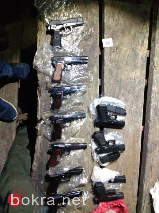 حاولوا تهريب أسلحة من الأردن إلى اسرائيل، وتم اعتقالهم
