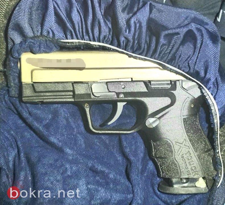 ضبط اسلحة وذخيرة واعتقال 3 مشتبهين -0