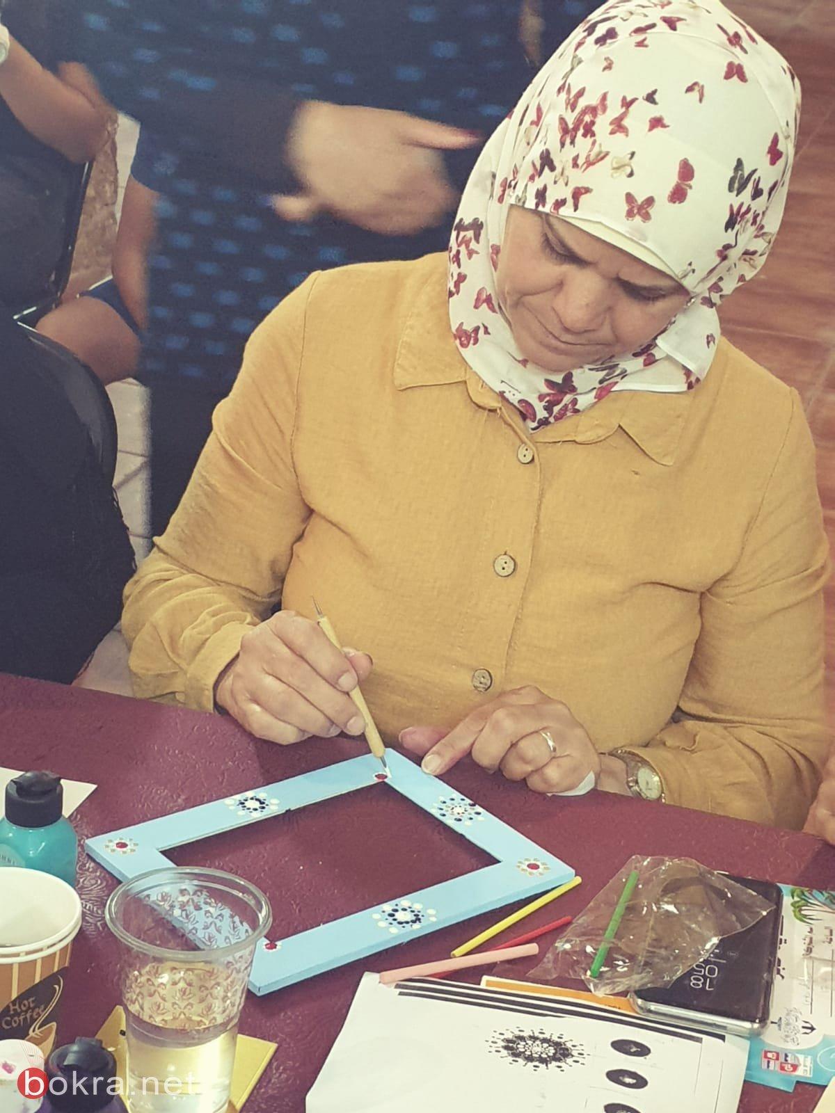 مركز المينا العكي ينظم ورشات فنيّة بعنوان حكاية حجر