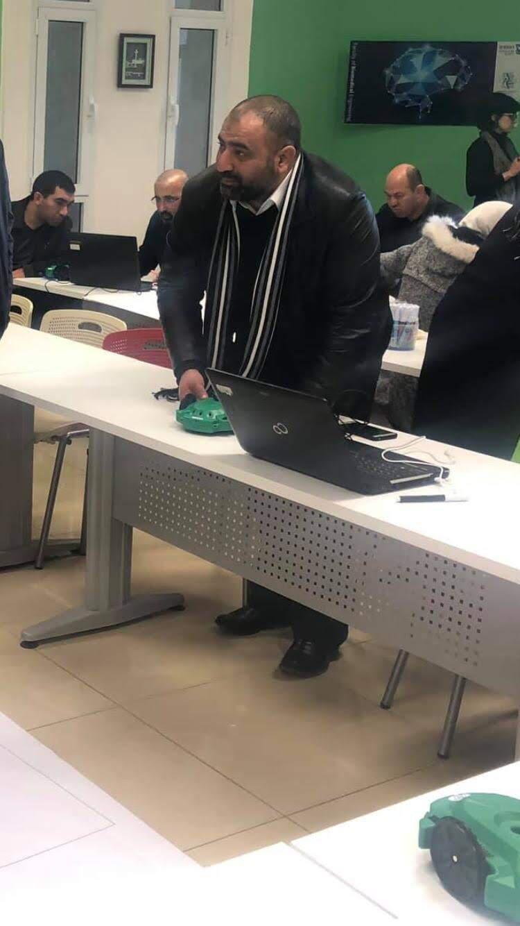 """انتهاء حملة """"لأنهم يستحقون"""" توزيع الحواسيب في يافة الناصرة-0"""