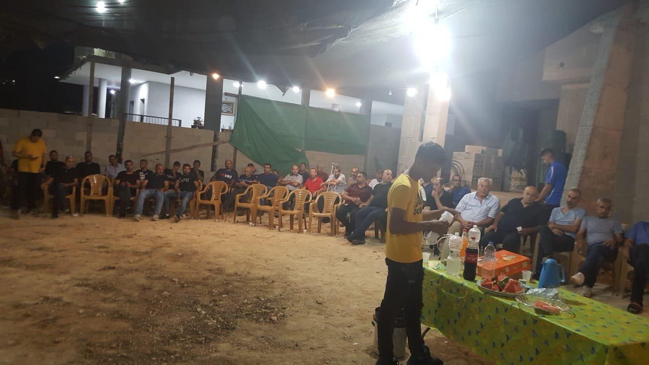 عرعرة: النوّاب جبارين وتوما وكاسيف في خيمة الاعتصام للتضامن مع عائلة مرزوق