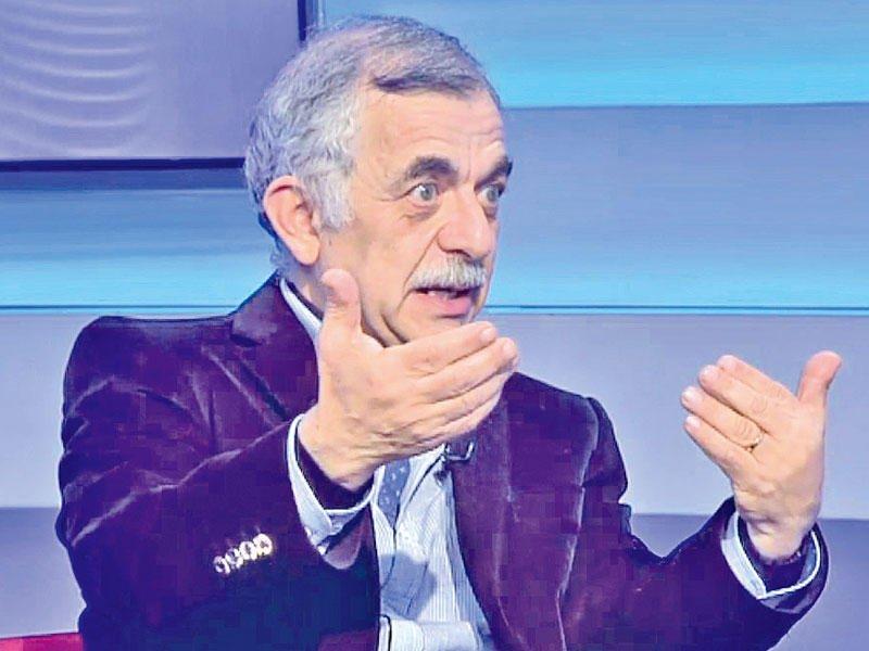 ممثل لبناني بديل عن الراحل عزت ابو عوف بفيلم تامر حسني