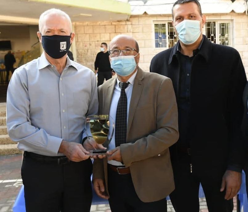 وزير التعليم في يافة الناصرة: سنوزع 150 ألف حاسوب على الطلاب في كل البلاد-0