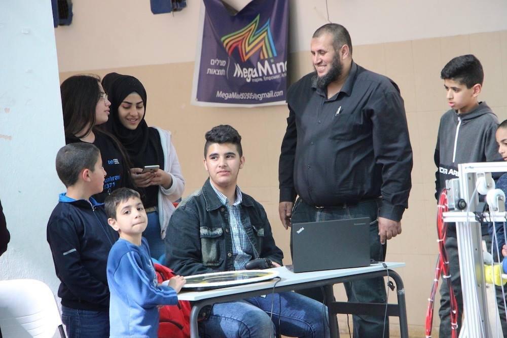 المرحوم أبو حمدة حاضراً في نترك أثراً