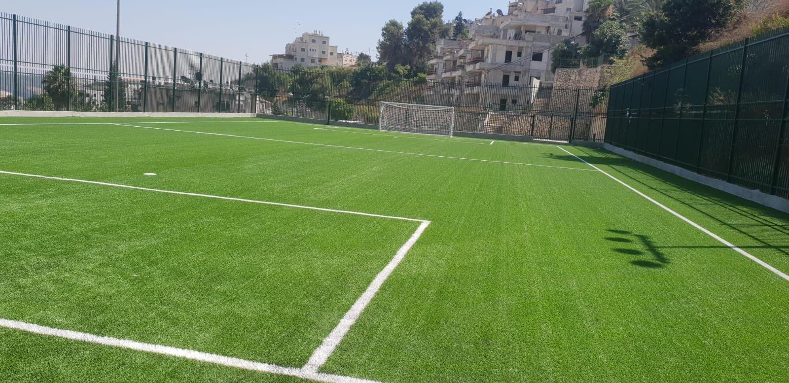 الناصرة: اقامة ملعب جديد من العشب الصناعي خلف مدرسة مسار